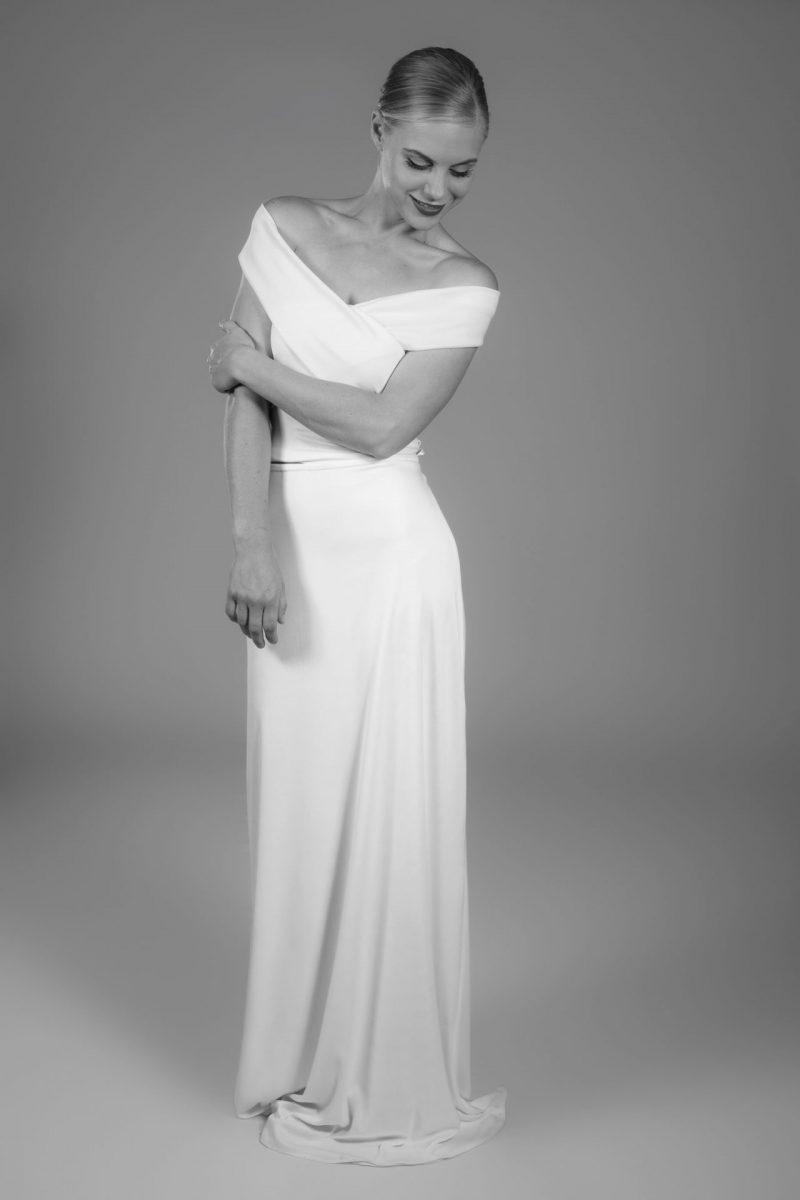 Minimalist Bride 9