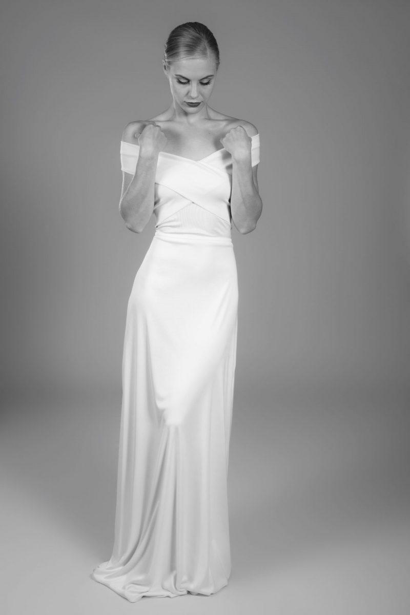 Minimalist Bride 11