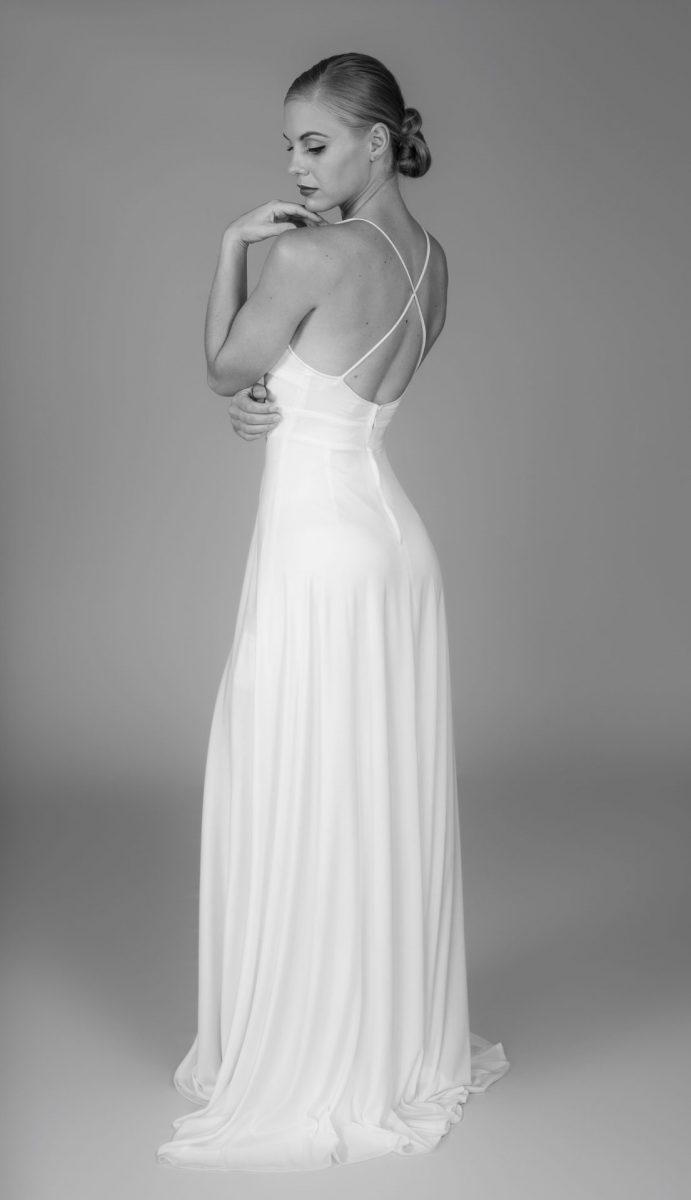 Minimalist Bride 22