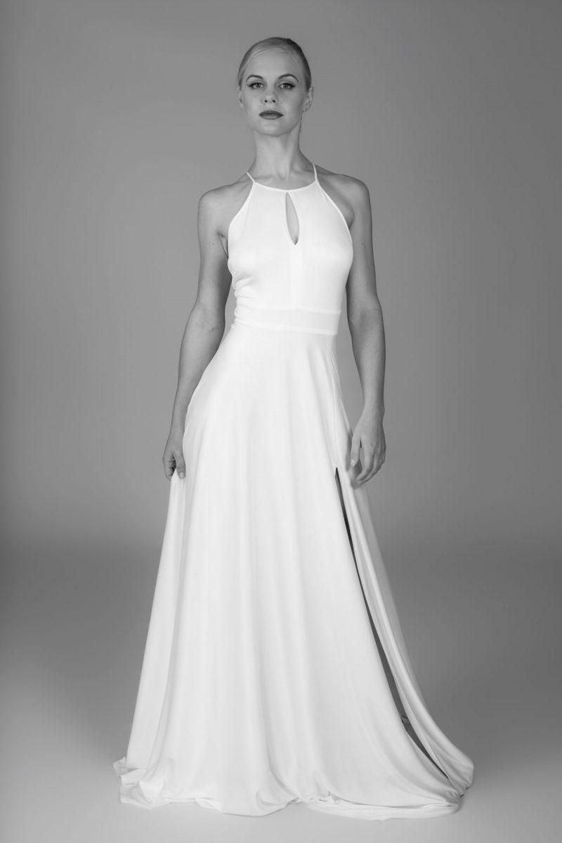 Minimalist Bride 21